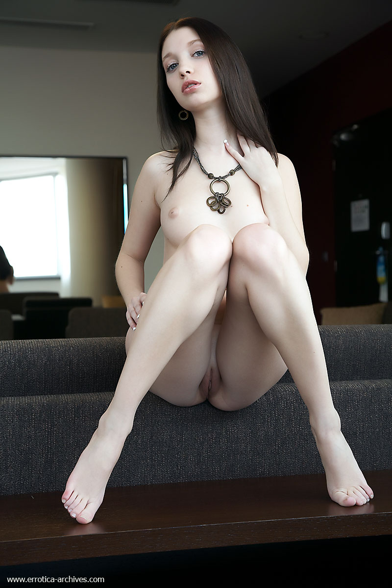 Nude pale girl ass pussy
