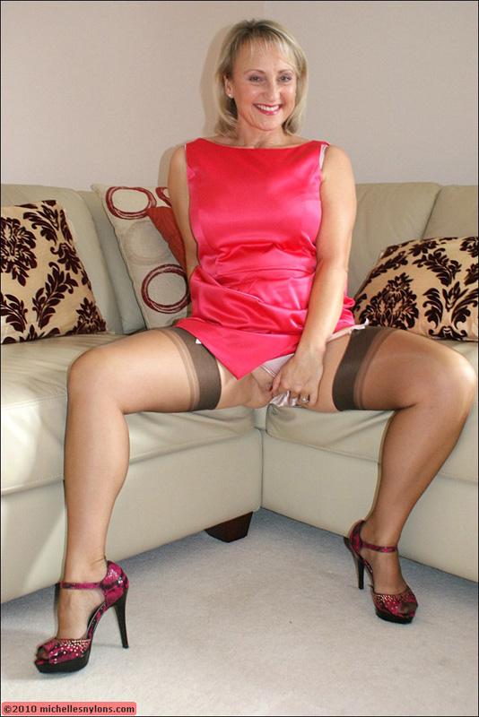 Michelle british milf stockings