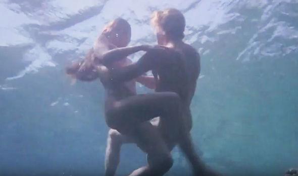 Laguna blu nude scene