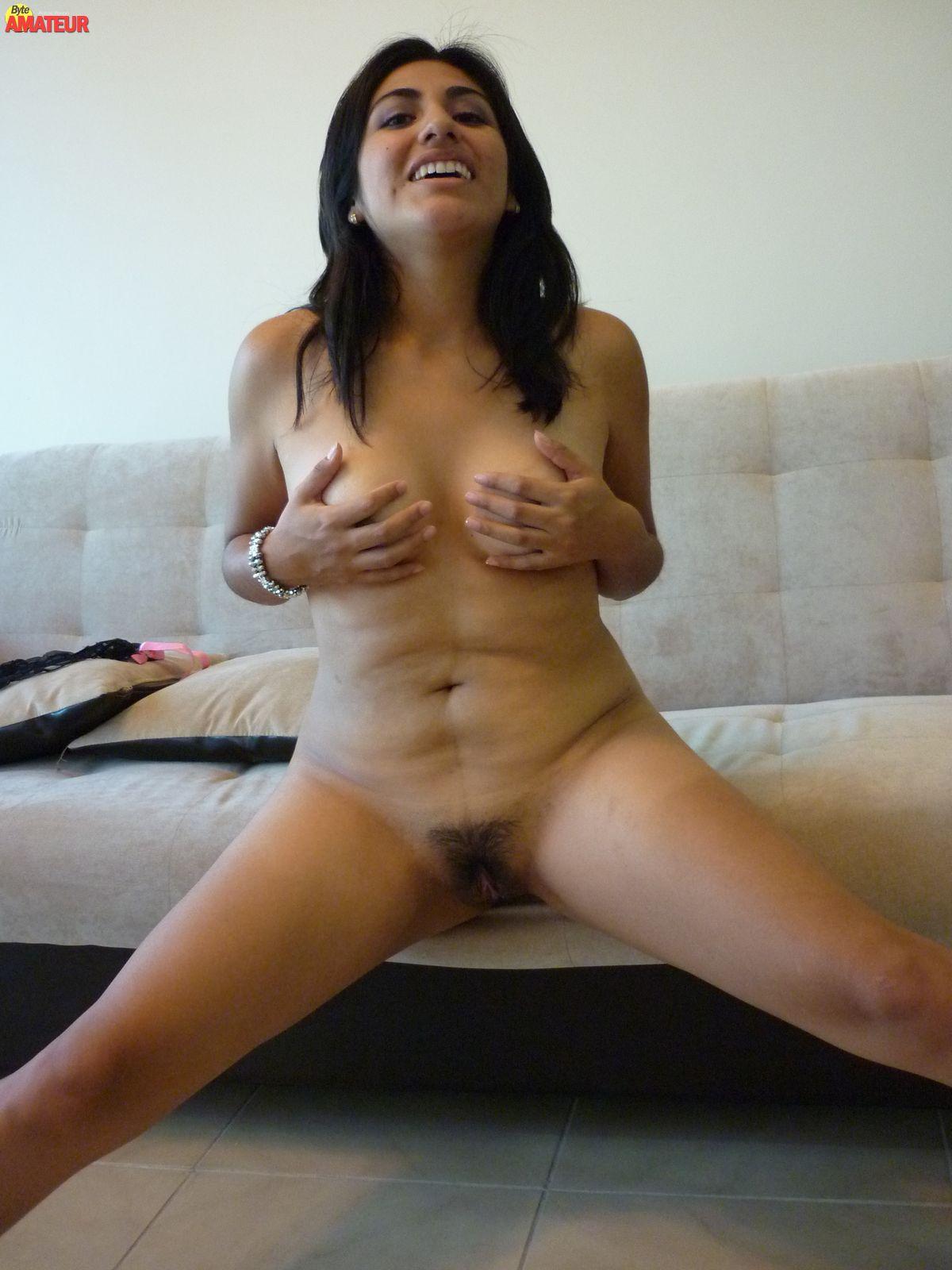 Kiero ver mujers peludas desnudas vien aviertas d pernas
