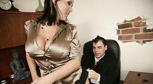 Woman deepthroating big dick