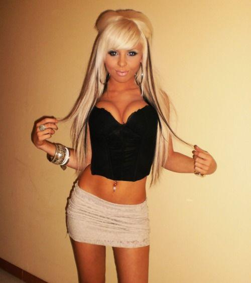 Bleach blonde bimbo porn