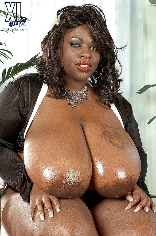 Super size giant nude african women
