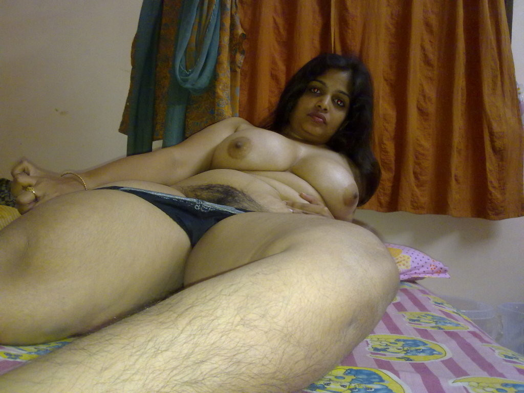 Indian hot aunties desi nude images