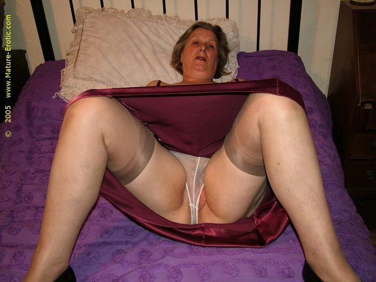 Upskirt panty older women stockings