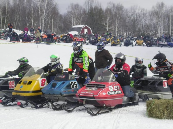 Snowmobile lincoln race vintage