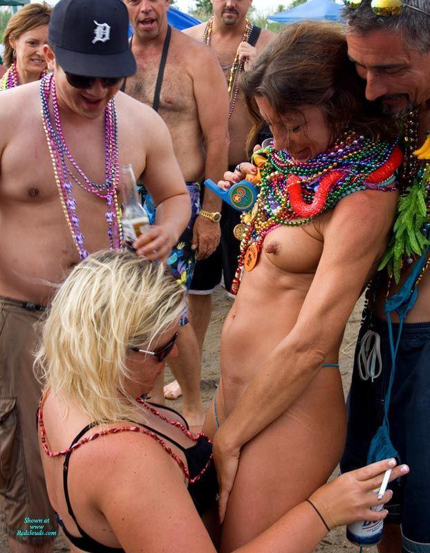 Jobbie nooner nude
