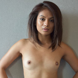 Flat chested nude girls pussy