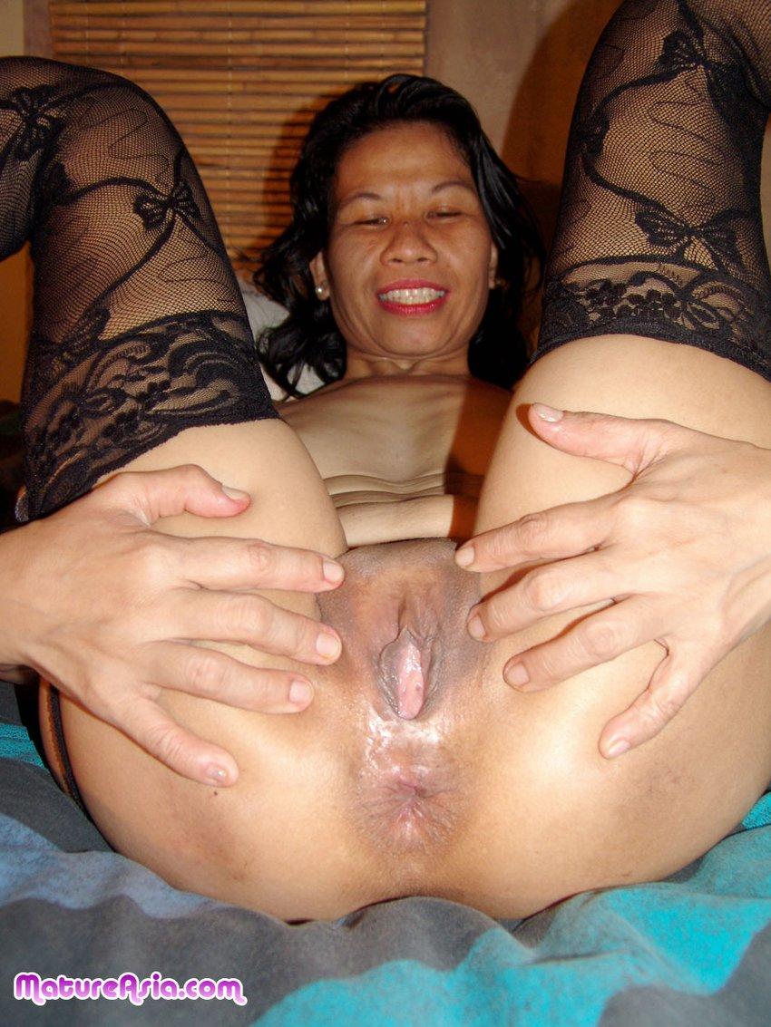 Big asian women nude showing pussy