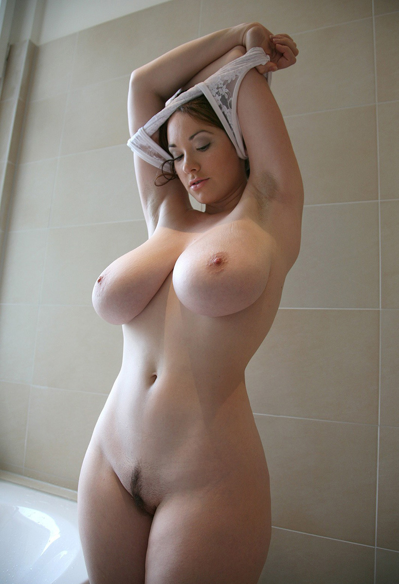 Hips and boobs of girls