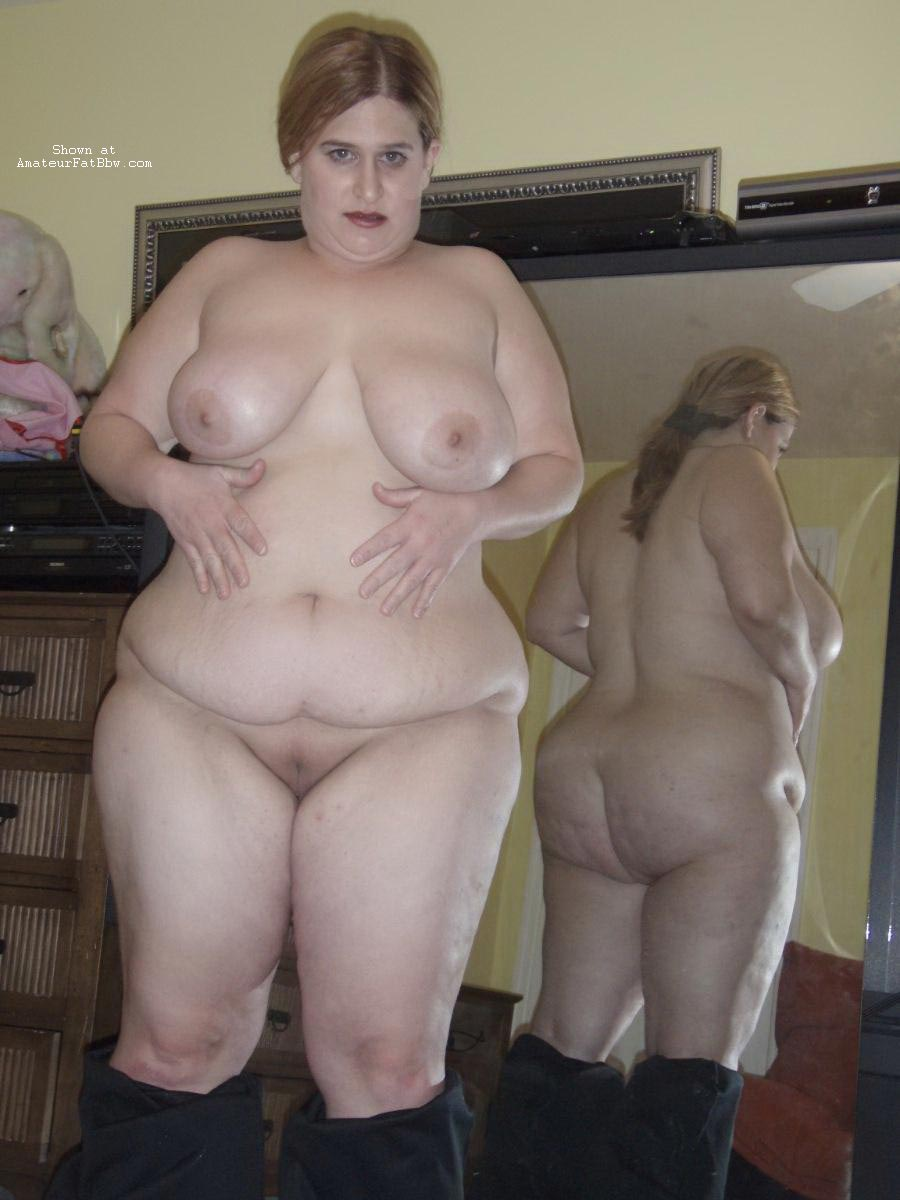 Amateur homemade chubby housewife