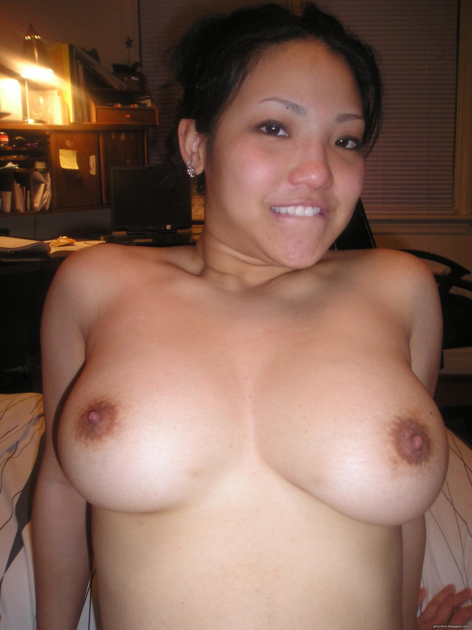 Naughty asian amateurs nude