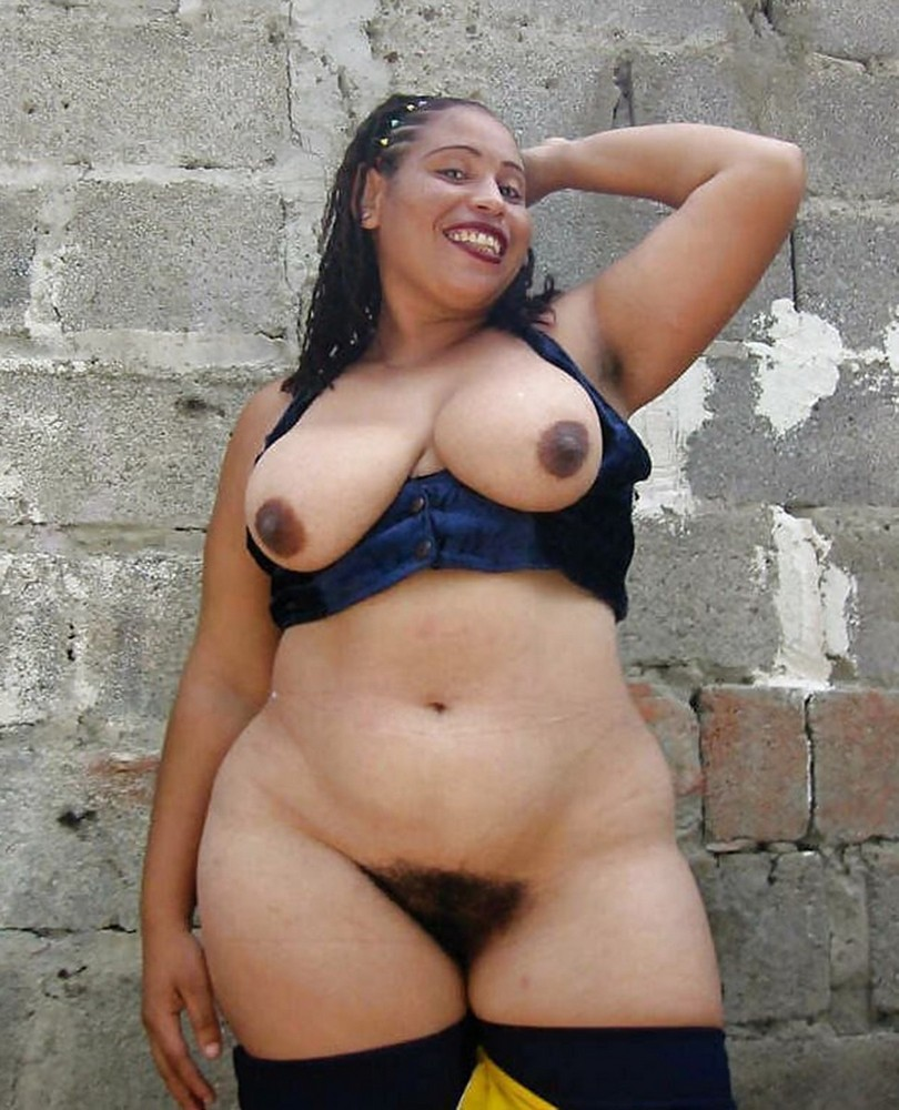 The biggest naked hips