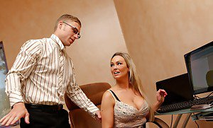 Hot amateur moms posing nude