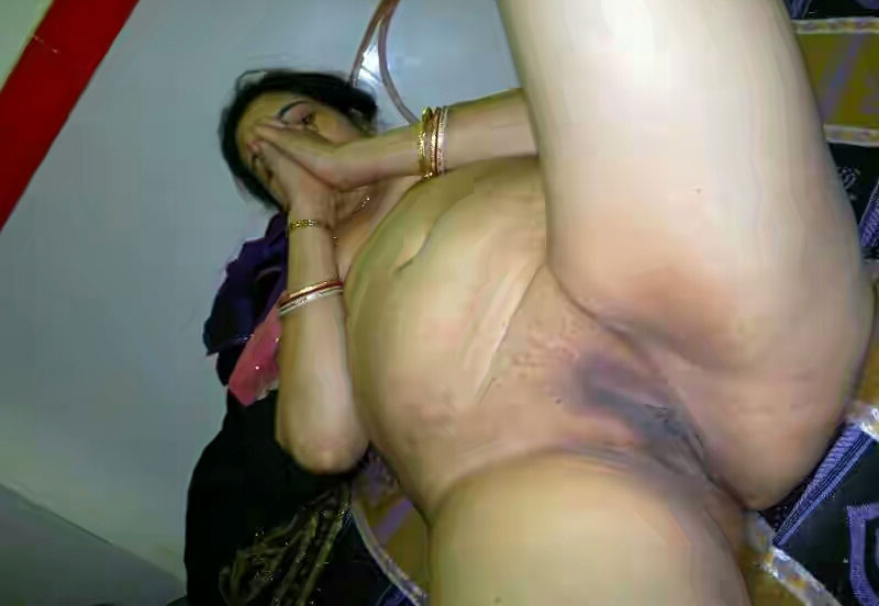 Naked aunty pussy pic