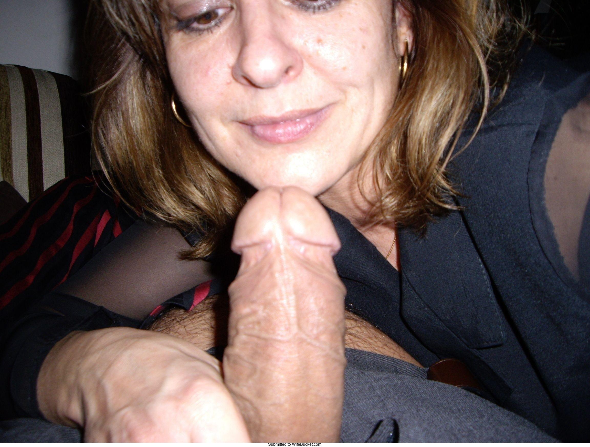 Amateur wives blowjob