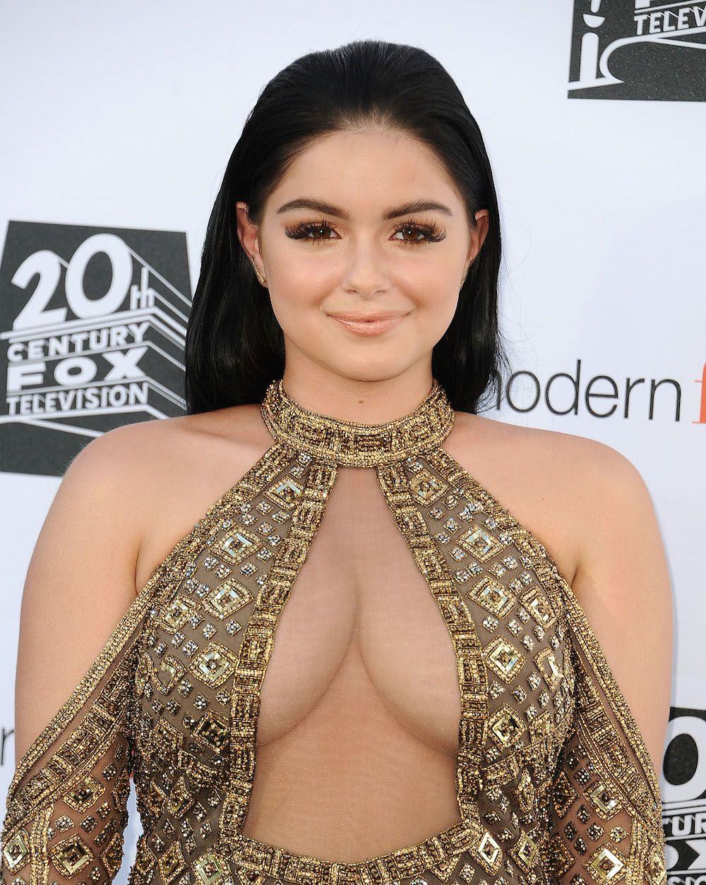Budding nips girl nudist