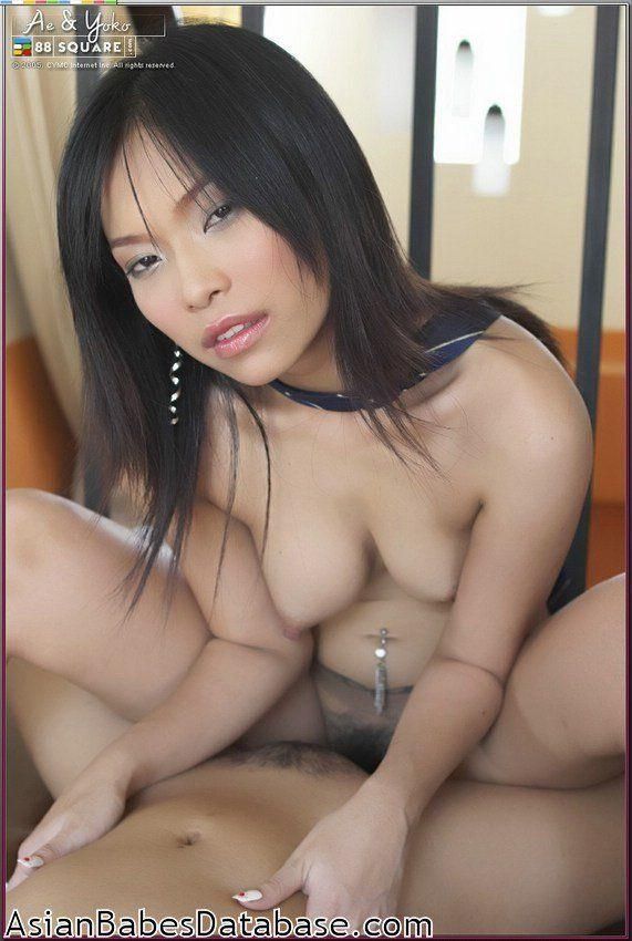 Asian fuck lesbian girls
