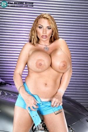 Lisa lipps big boobs