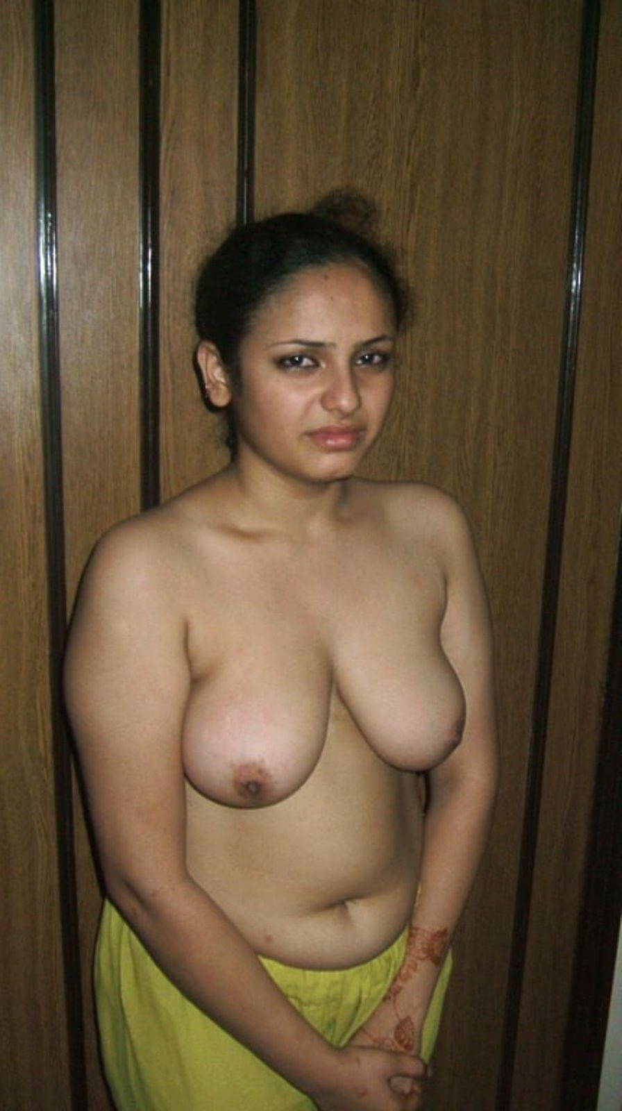 Desi newly married indian girls nude pics