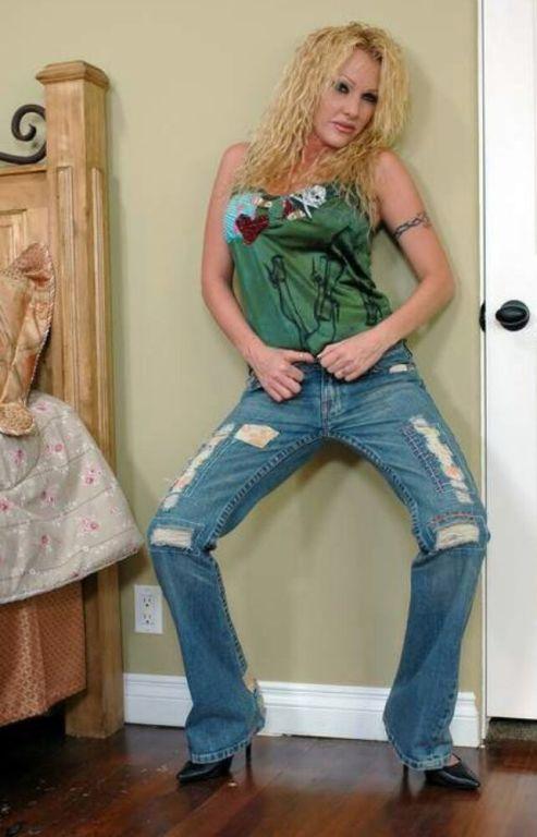 Free porn pics in tight jeans