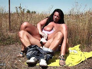 Xxx porn pics in the fields