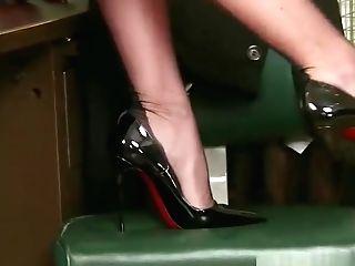 Mature legs high heels cum shot