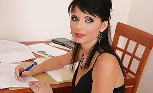 Dudwala actress nude images