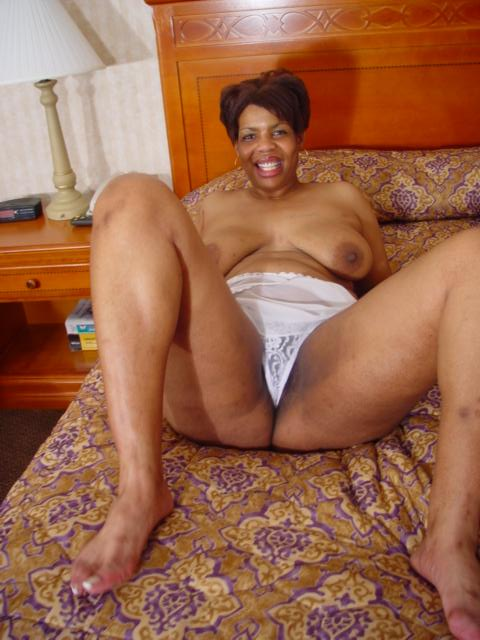 Fucking black mature woman picture