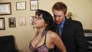 El salvador fat woman having sex