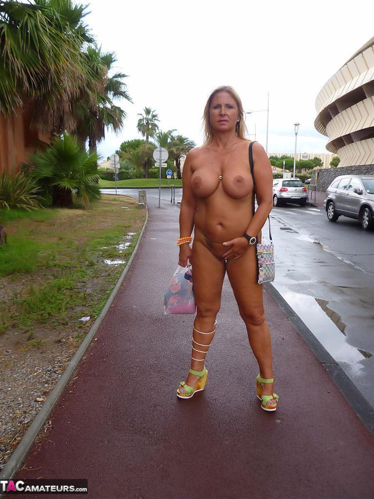 Cap agde d chrissy nude
