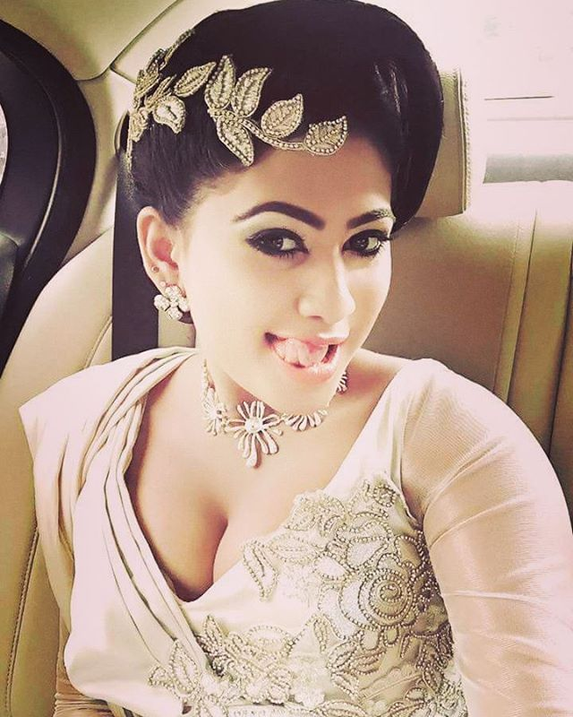 Sri lankan actress in bollywood