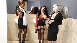 Beautiful curvy black girls nude