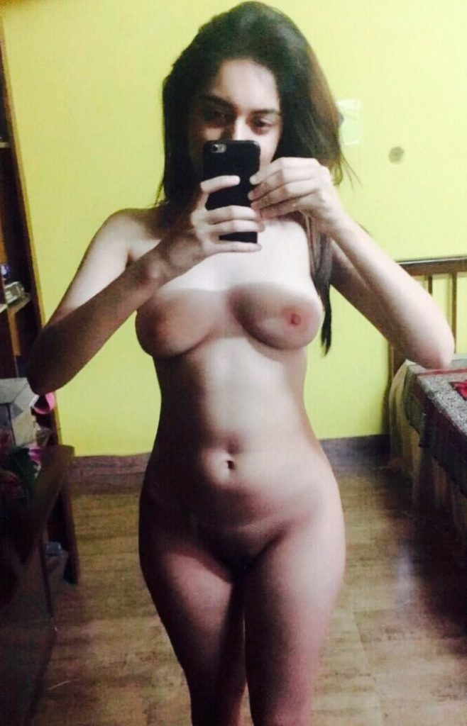 Indian girls nude photo download