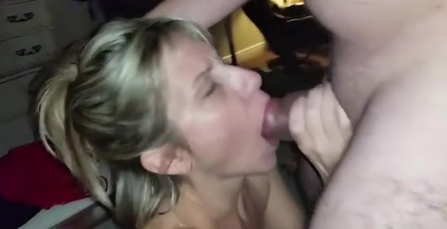 Amateur cum in her mouth