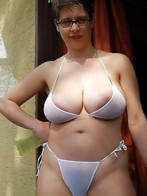 Free sex oma bikini pics