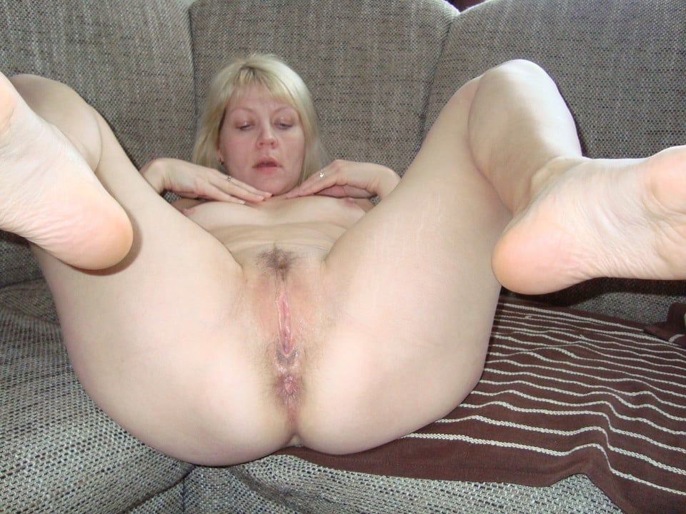 Big ass mature hairy pussy