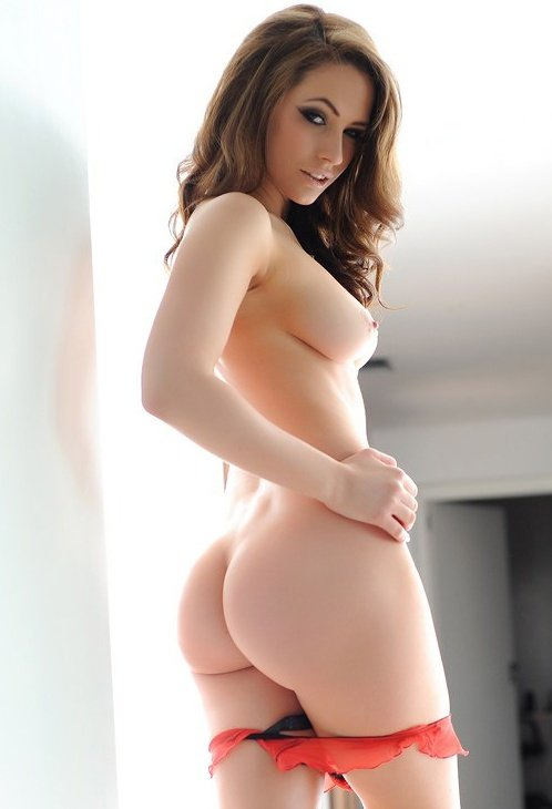 Naked girls with nice asses and boobs