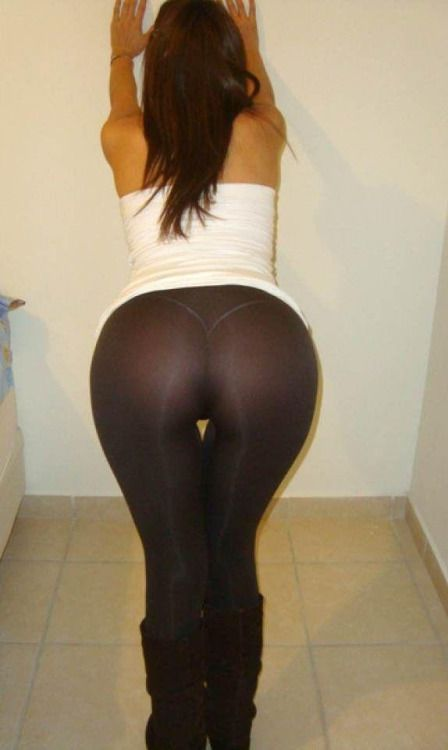 See through girlsinyogapants girls in yoga pants
