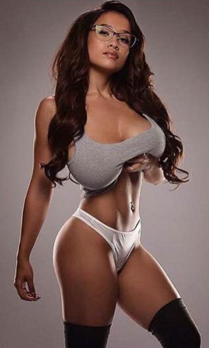 Beautifull sexy women tits