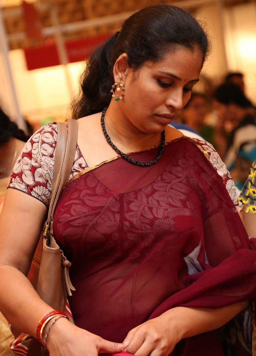 Mallu saree boob bhabhi