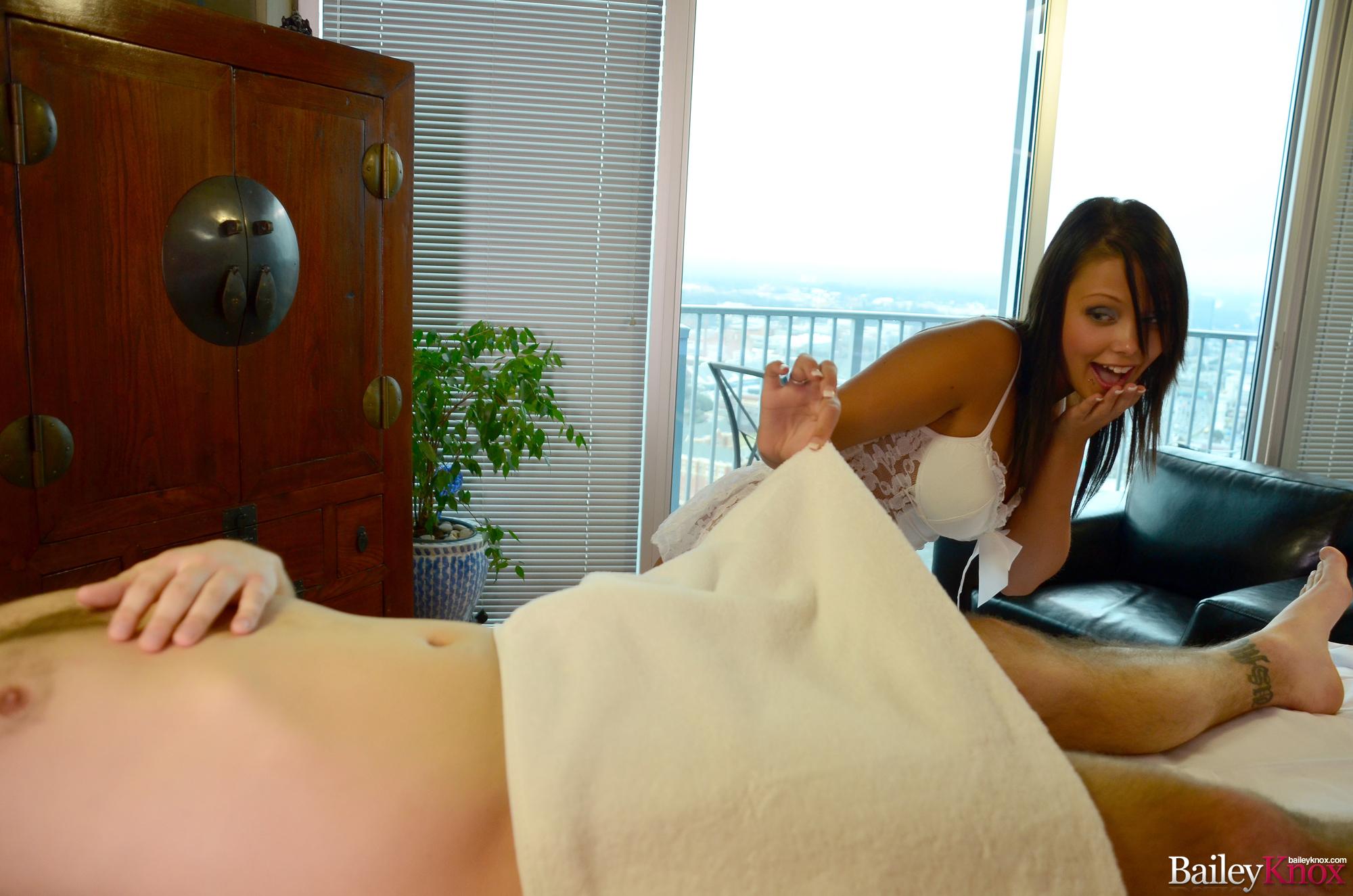 Handjob massage knox bailey