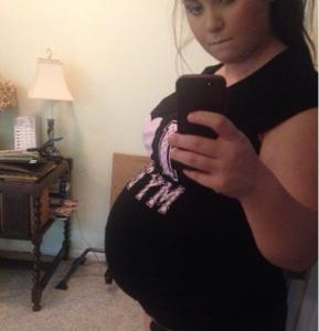 Chubby pregnant teen