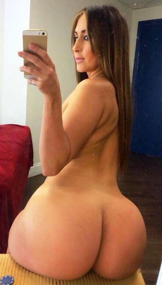 Sexy naked pic big booty hot