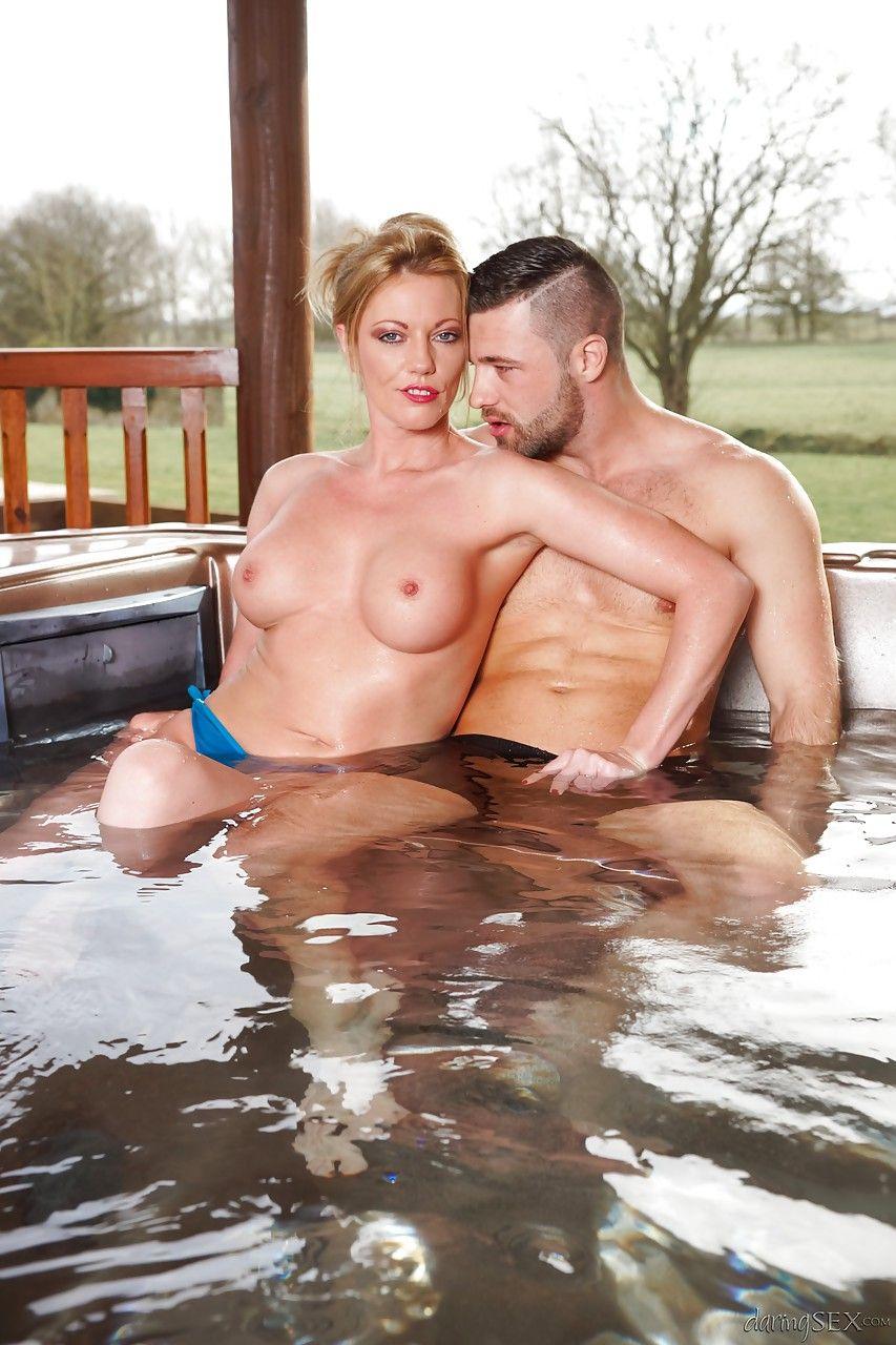 Hot tub bikini sex