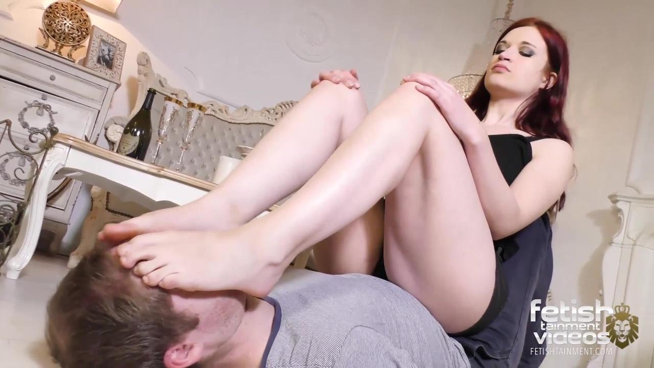 She licked his sweaty toejam