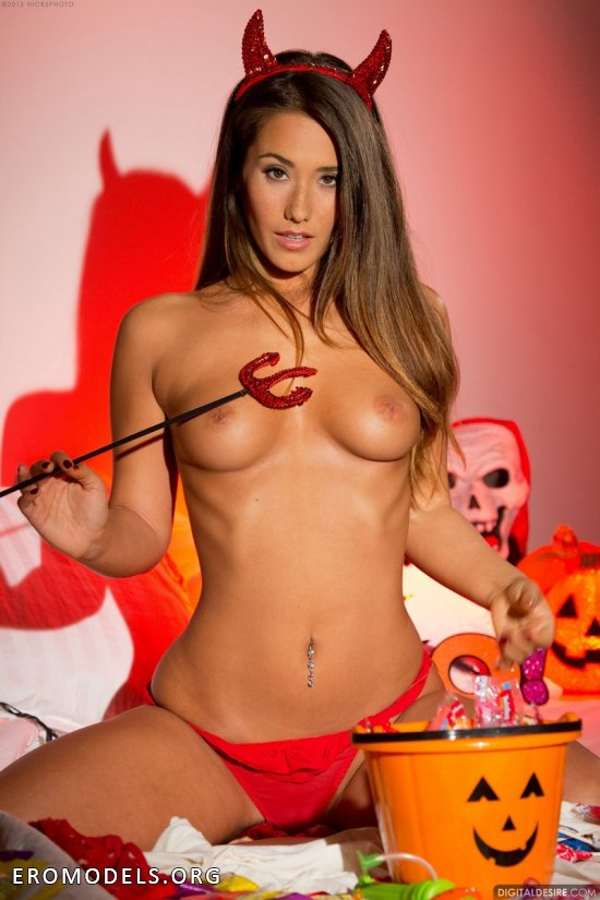 Naked girls in sexy halloween costumes