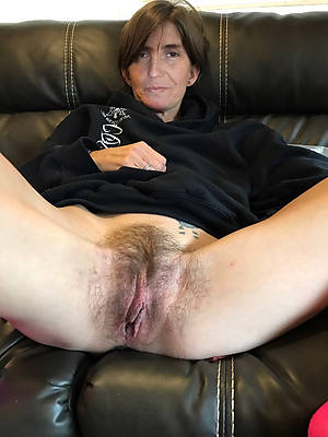 Amature wife home nude