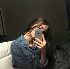 Iphone teen mirror girls