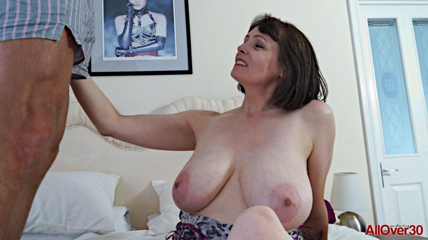 Big breasted mature porn